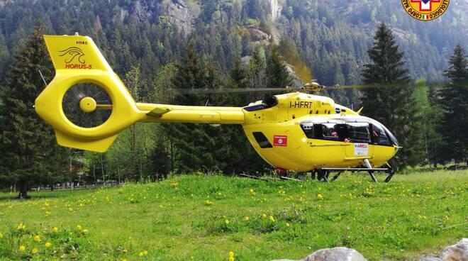 cnsas soccorso alpino elicottero