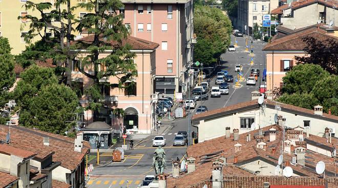 Brescia via Milano piazza Garibaldi dalla Pallata