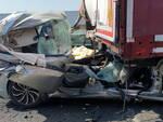 A21 a Piacenza bresciano in auto muore dopo aver tamponato camion