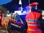 carabinieri di salò arrestano tre giovani a Gargnano