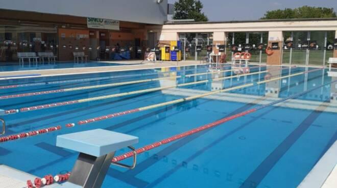 piscina carpenedolo via piemonte