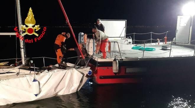 recupero barca a vela a tignale