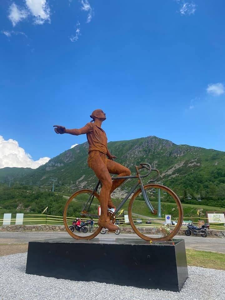 statua Pantani Montecampione