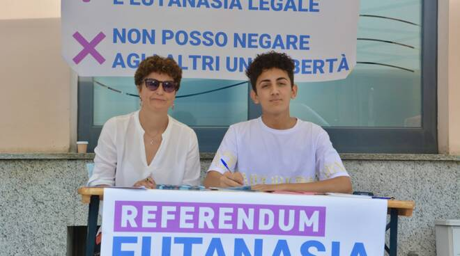 Clara Alberti Nicola Tengattini Marini Paratico eutanasia raccolta firme.jpeg
