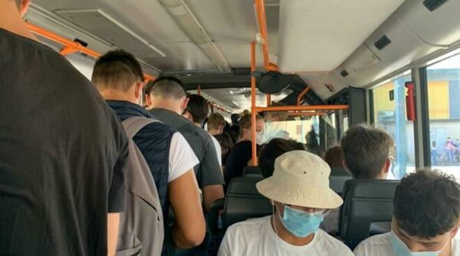 autobus studenti covid