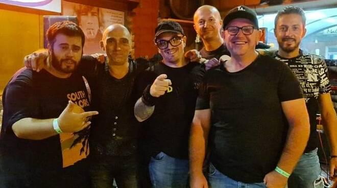 la tribute band Vasco Dentro