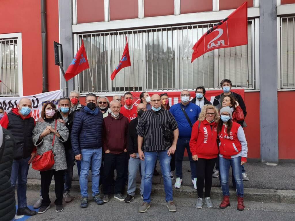 Cgil Camera del Lavoro solidarietà dopo l'attacco fasciata a roma