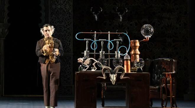 Il Barbiere di Siviglia teatro Grande foto Alessia Santambrogio