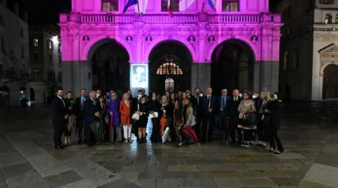 palazzo loggia rosa