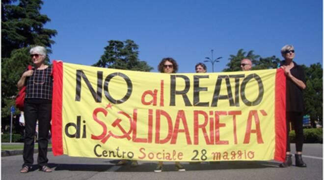 solidarietà mimmo lucano rovato centro sociale 28 maggio